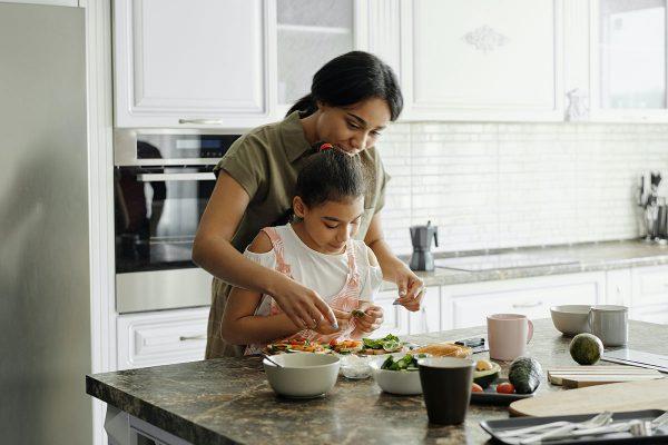 Kāpēc brokastis ir svarīgākā ēdienreize bērniem un pusaudžiem?
