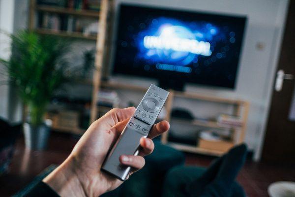 Televīzijas ietekme uz cilvēku domāšanu